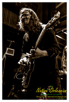anders_osborne_tips_xmas2_jm_120912_010