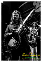 anders_osborne_tips_xmas2_jm_120912_011