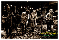 anders_osborne_tips_xmas2_jm_120912_013