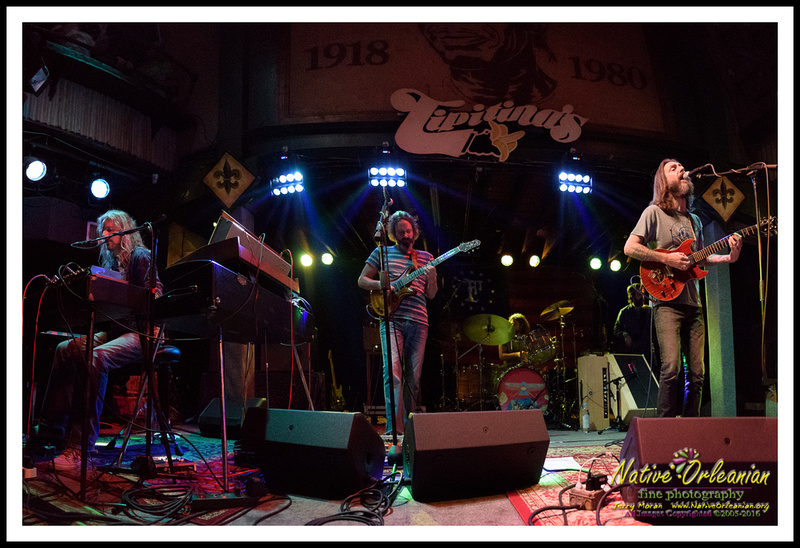 the_chris_robinson_brotherhood_tipitinas_jm_060916_003